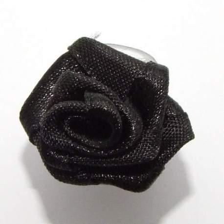 zwart roosje op clip