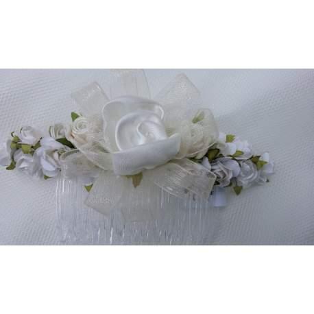 Haarkam met ivoorkleurig bloemen kd la1