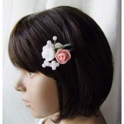 Klikklak speldje met wit en roze roosje en parels