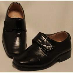 Zwarte schoen met klittenband